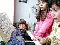 O radosti a zaujetí dětí pro muzicírování (Dobromysl.cz)